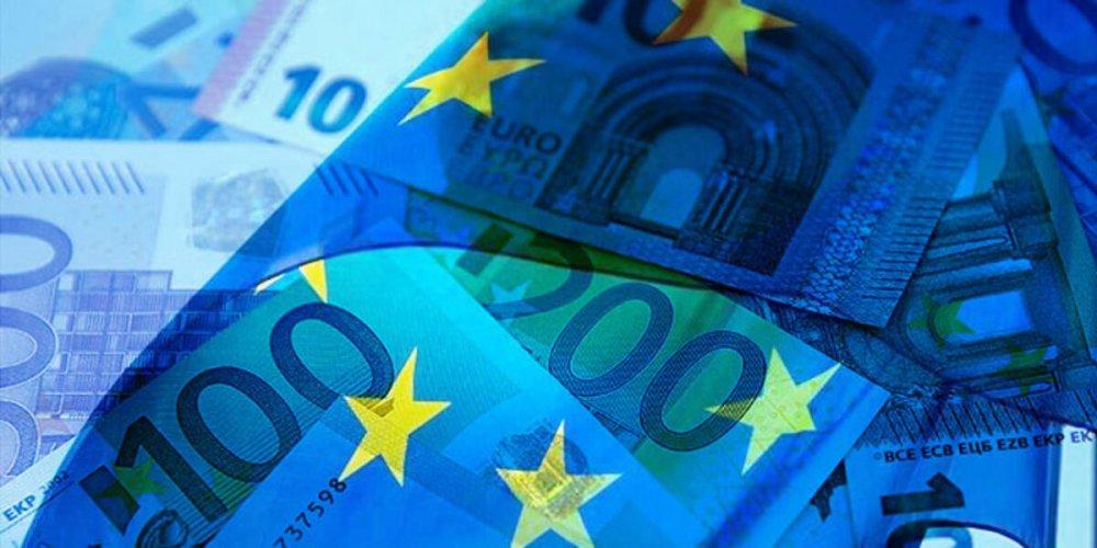 AB Komisyonu, 1 trilyon Euro'nun üzerinde kurtarma fonu kurulmasını teklif edecek