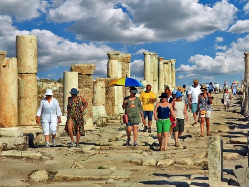 TÜRSAB'dan koronavirüs raporu: Turizmde hiçbir şey eskisi gibi olmayacak