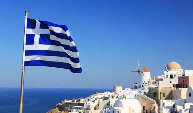 Yunanistan turizm sezonunu 'kısıtlamasız' açıyor