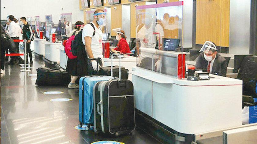 Turistler için 130 Covid-19 test merkezi açıldı