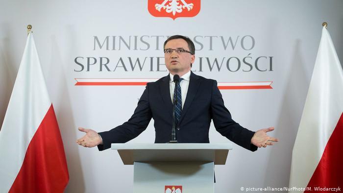 Polonya İstanbul Sözleşmesi'nden çekiliyor