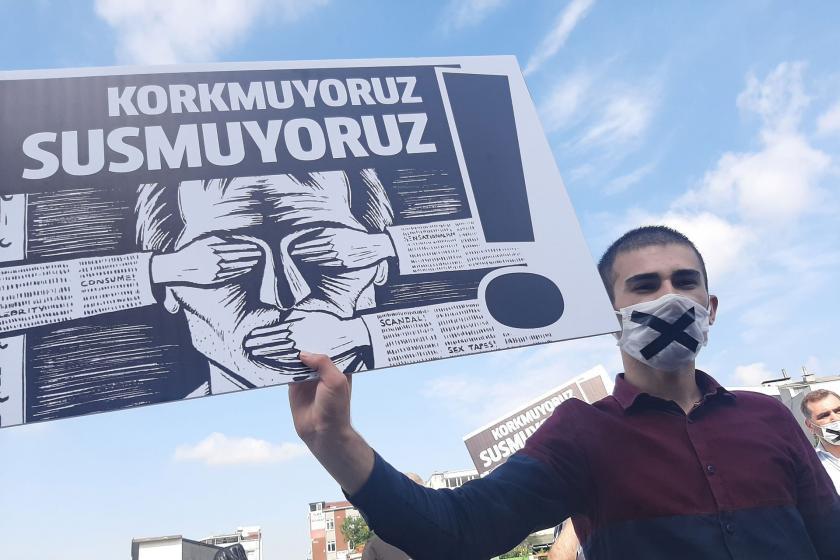 Basın özgürlüğü raporu: Ocak ayında 43 gazeteci hakim karşısına çıktı